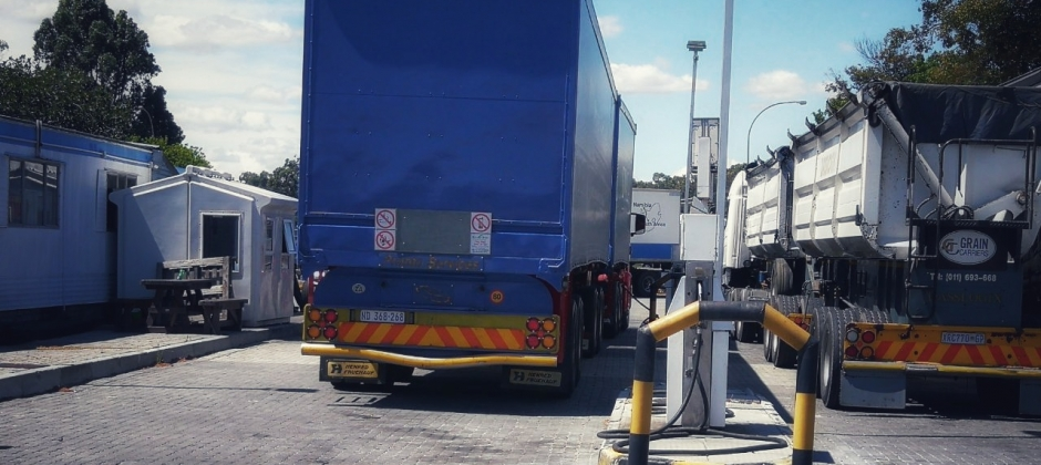 Truck stops cape town
